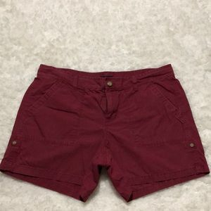 Gap shorts burgundy color